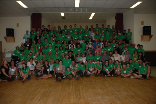 Group photo from the 2011 Convey reunion. Nice of everyone to dress in Rider green for the Saskatchewan cousins (hee hee